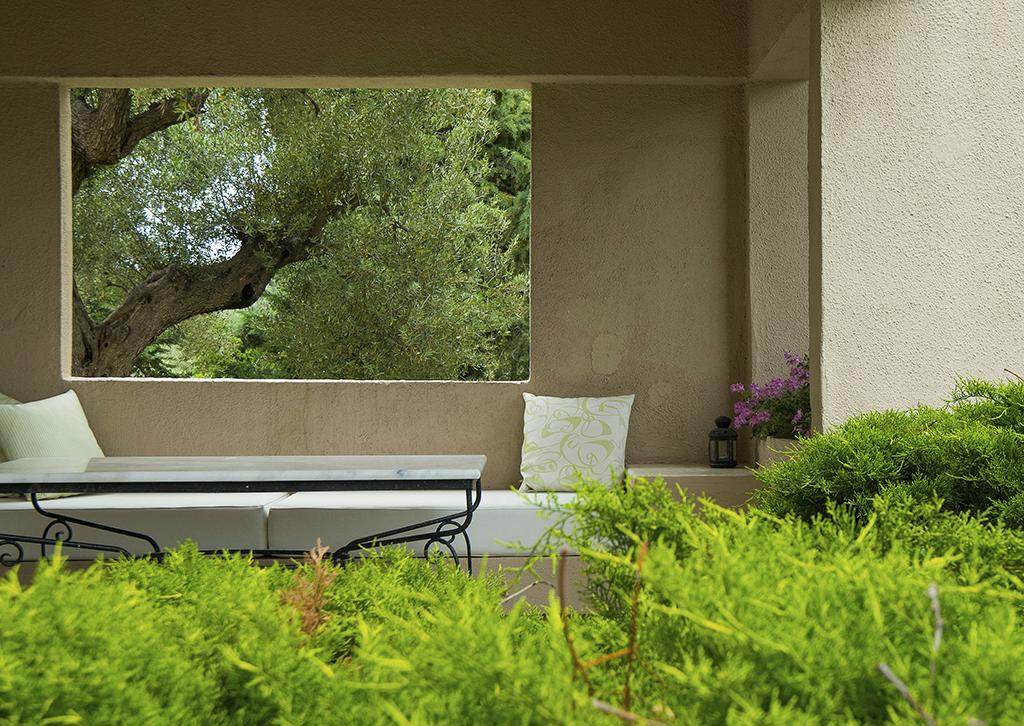 Exclusive Studio C1: Mediteranean Garden & Pisine View